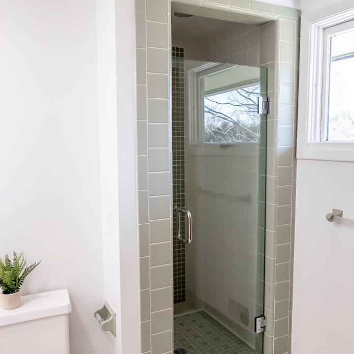 Mid century Modernn Master Bath